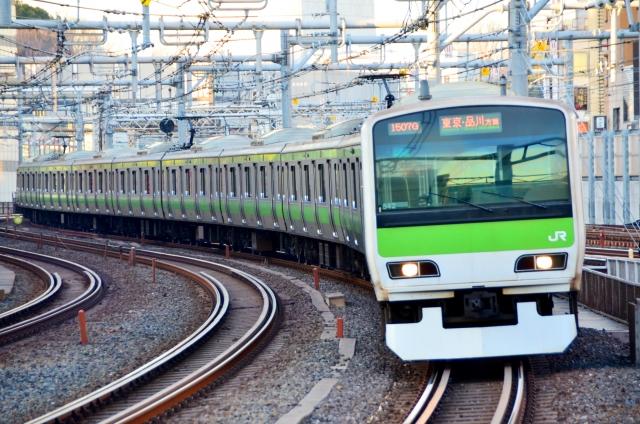 山手線を走る電車