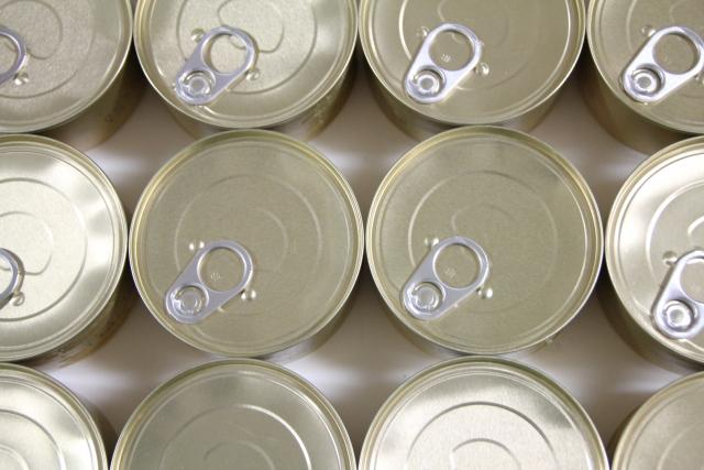 並んだ缶詰 画像