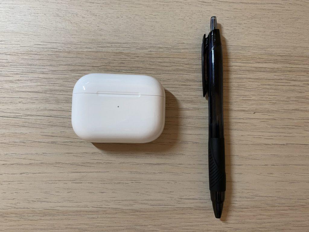 ケースとボールペン比較1 画像