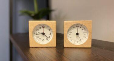 無印用品でおしゃれな木製の北欧風アナログ置き時計と温度湿度計を購入した